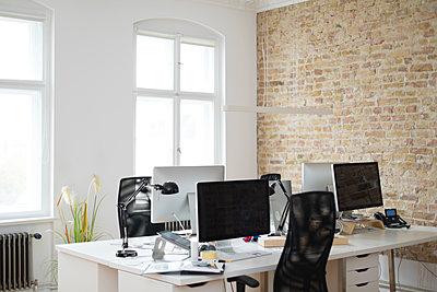 Interior of a modern office - p300m2012519 by Florian Küttler