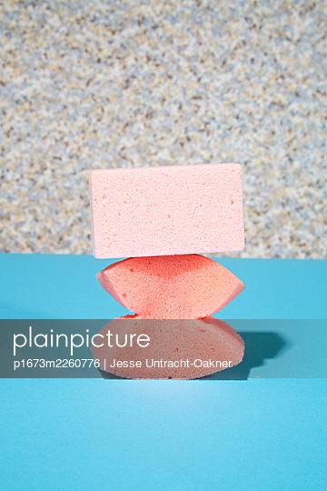 Pink  - p1673m2260776 by Jesse Untracht-Oakner