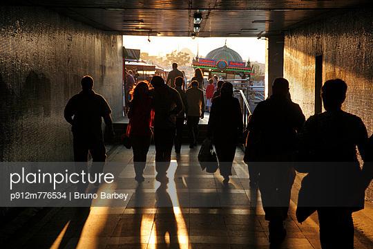 p912m776534 von Bruno Barbey