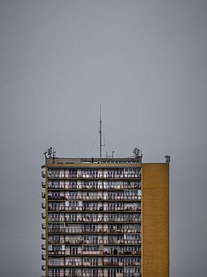 Hidden Beauty #14, Warsaw - p1256m2037359 by Sandra Jordan