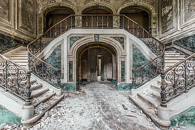 Abandoned castle - p1440m1497537 by terence abela