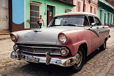 Car in Trinidad, Cuba - p1515m2101081 by Daniel K.B. Schmidt