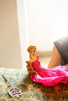 Unechte Barbie  - p454m2158737 von Lubitz + Dorner