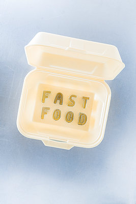 Fast food - p1149m2284386 by Yvonne Röder