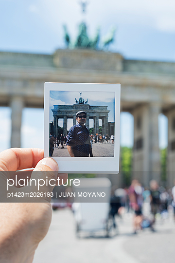 Brandenburger Tor in Berlin - p1423m2026193 von JUAN MOYANO