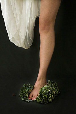 Leg with crushed flower - p6780034 by Christine Mathieu