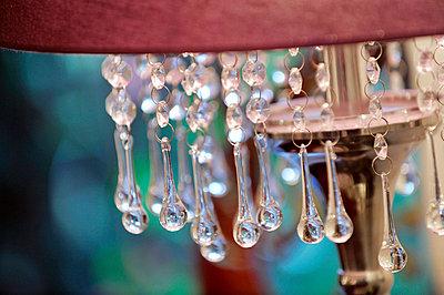 Details einer Lampe - p949m658216 von Frauke Schumann