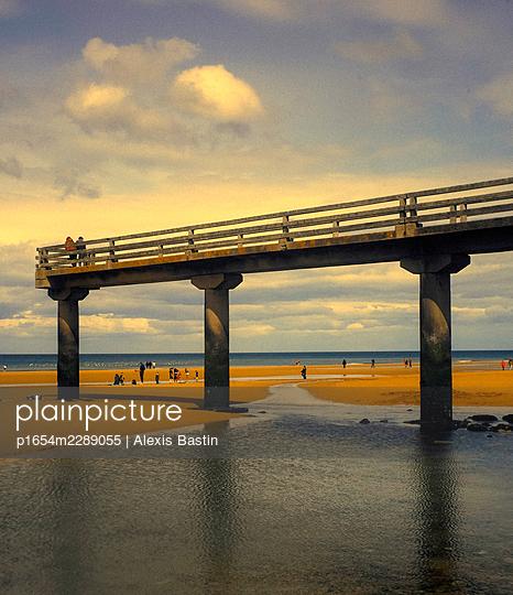 Vierville sur Mer, Omaha Beach - p1654m2289055 by Alexis Bastin