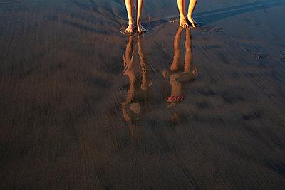 Beach Reflection - p1636m2216343 by Raina Anderson