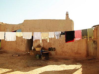 Wüstendorf in Marokko - p8870049 von Christian Kuhn