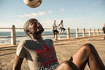 Freestyle Football - p1142m966075 by Runar Lind