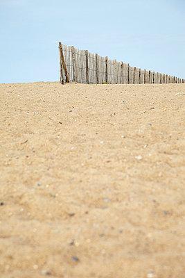 Beach - p4642108 by Elektrons 08