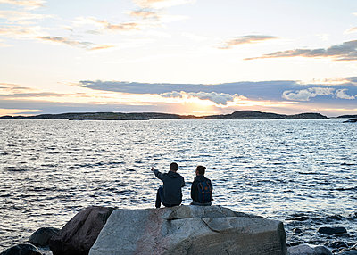 Blick aufs Meer - p1124m1165592 von Willing-Holtz