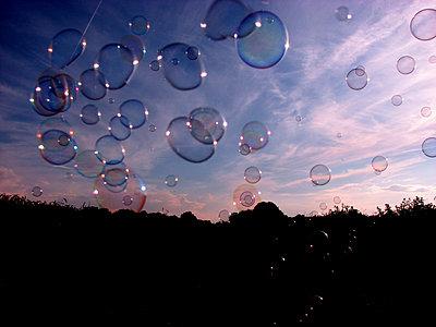 Seifenblasen - p1268m1083358 von Mastahkid