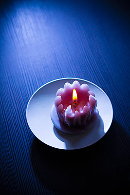 Candle - p1149m2278593 by Yvonne Röder