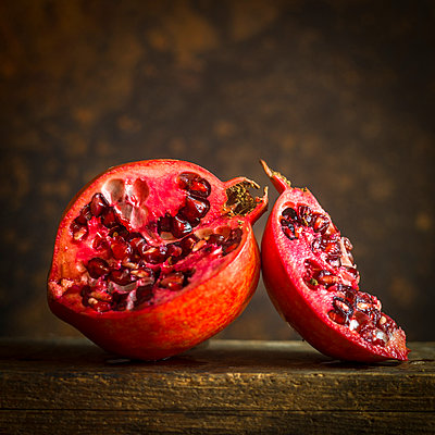Lalved pomegranate - p813m1222302 by B.Jaubert