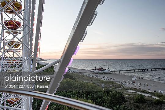 Germany, Mecklenburg-Vorpommern, Baltic seaside resort Binz, Shipping pier - p1354m2277833 by Kaiser