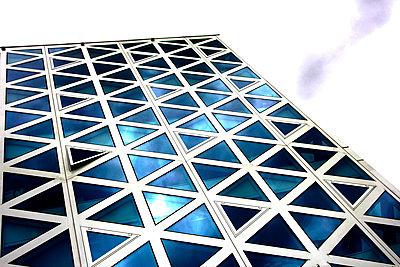 Gebäude dreieckig - p1268m1149089 von Mastahkid