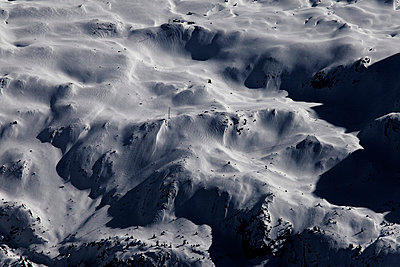 Mountain landscape - p9100176 by Philippe Lesprit