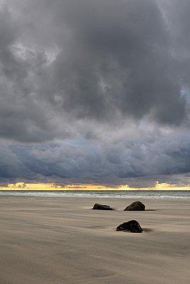 Sonnenuntergang - p1137m987247 von Yann Grancher