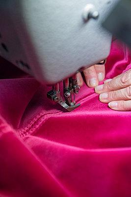 Textile industry - p1216m2260922 von Céleste Manet
