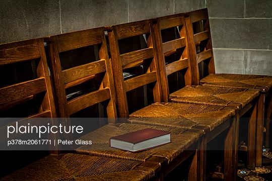 p378m2061771 von Peter Glass