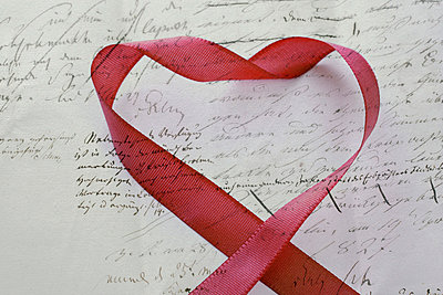 Love letter with red heart - p4500386 by Hanka Steidle
