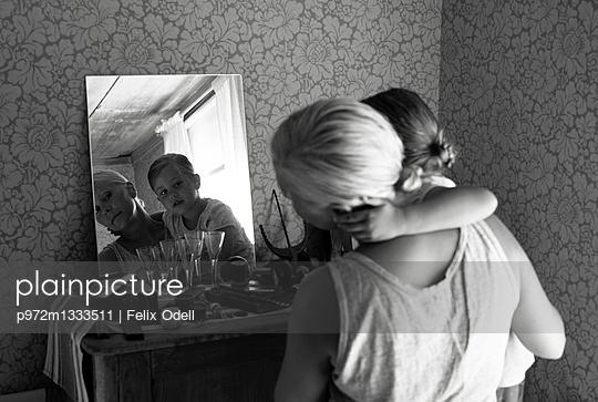 Mutter und Kind - p972m1333511 von Felix Odell