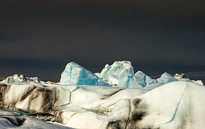 Icebergs - p1072m1348955 by Peter Paterson