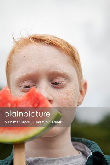p045m1466216 by Jasmin Sander