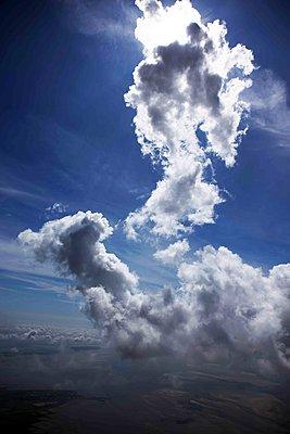 Gewitterwolken bei der Entstehung - p1016m1590865 von Jochen Knobloch