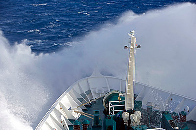 Offshore - p6520035 by Mark Hannaford