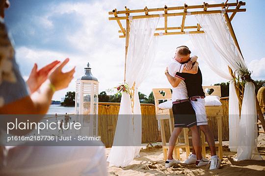 Wedding, Homosexual couple - p1616m2187736 by Just - Schmidt