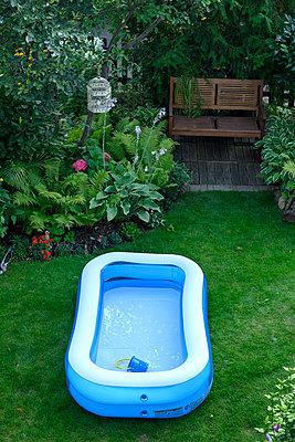 Paddling-Pool - p427m2206490 by Ralf Mohr