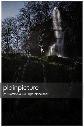 Germany, Baden-Württemberg, Bad Urach, Waterfall - p1564m2294953 by wpsteinheisser