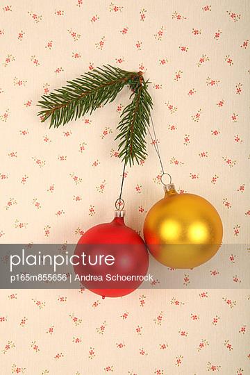 Weihnachtskugeln - p165m855656 von Andrea Schoenrock
