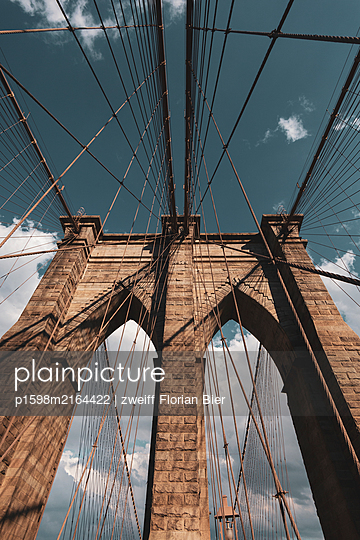 Cable-stayed bridge, construction, Brooklyn Bridge, New York City - p1598m2164422 by zweiff Florian Bier