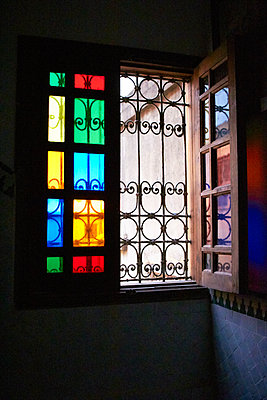 Buntes Fenster - p1298m1160269 von mic