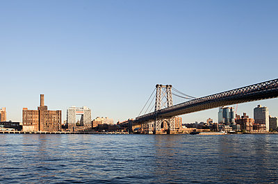 Williamsburg Bridge - p1095m1573076 by nika