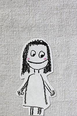 Vergnügtes Mädchen - p450m858635 von Hanka Steidle