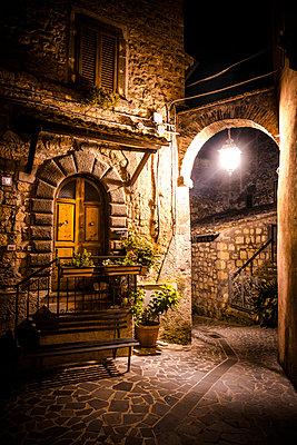 Nacht, Civitella d'Agliano - p1275m1172073 von cgimanufaktur