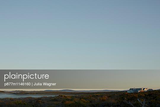 Neuer Morgen, Grotto Bay - p877m1146160 von Julia Wagner