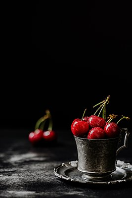 Cherries - p1392m1440950 by Federica Di Marcello