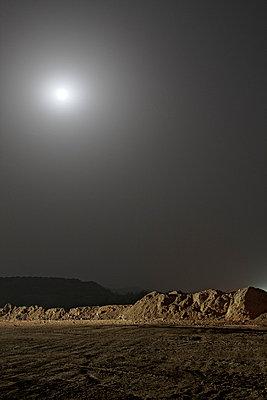 Moonshine - p3900524 by Frank Herfort