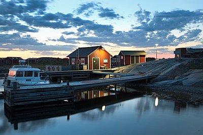 Jurmo harbour - p3227064 by Simo Vunneli