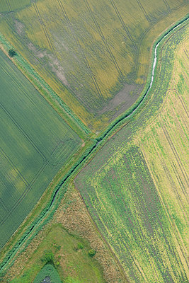 Green fields aerial view - p1048m1069277 by Mark Wagner