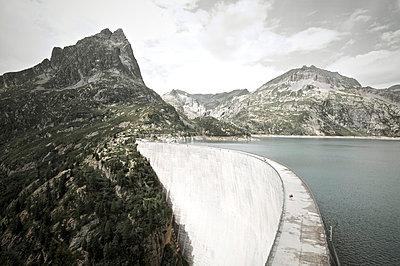 Dammed lake - p1980175 by David Breun