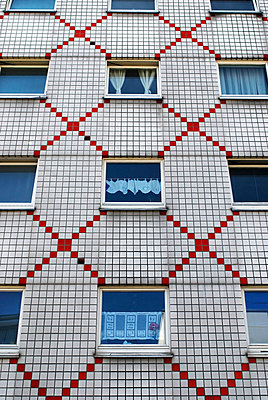 Wohnhaus mit Fliesen - p9790107 von Leopolder