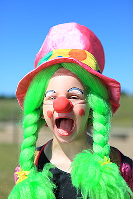 Clown - p045m1044823 by Jasmin Sander
