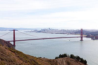 Golden Gate Bridge - p756m891559 von Bénédicte Lassalle